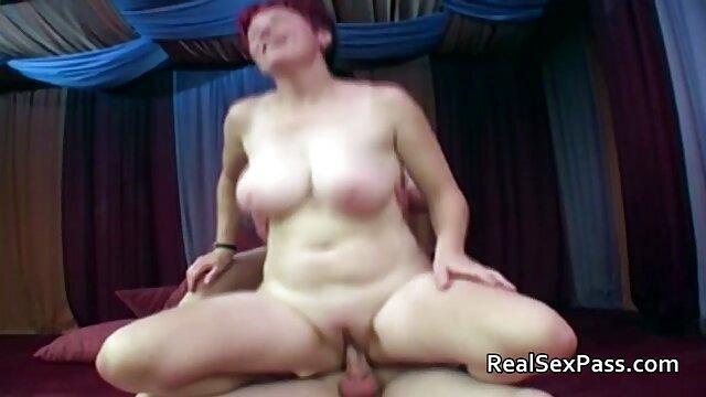 Amateur ver porno en español latino MILF gemelas dando cabeza