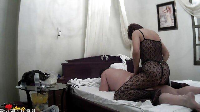 Hermosa videos porno audio español latino rubia novia masturbándose