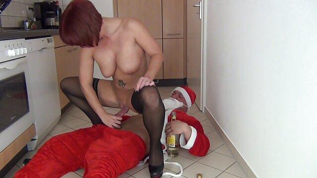 Rubia desnuda todo en la peliculas porno en español latino cámara