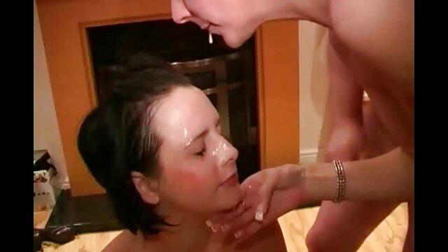 Dulce chica streep en cam videos porno caseros latinos