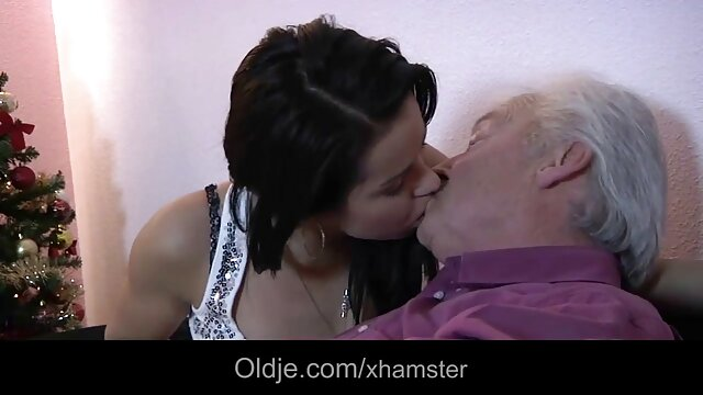 Agosto - Latina caliente y videos de porno español latino sexy