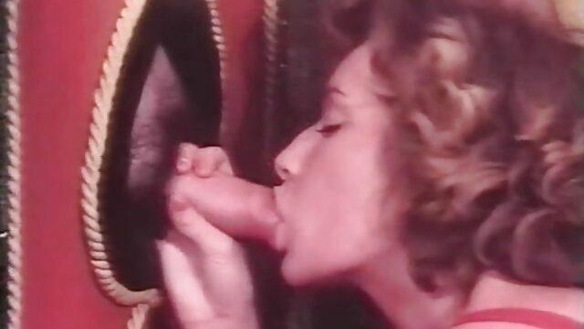 Ella está muy agradecida. porno latino gratis