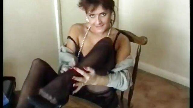 Tyra Moore Sofá de casting manchado de semen - Nueva porno amateir latino escena