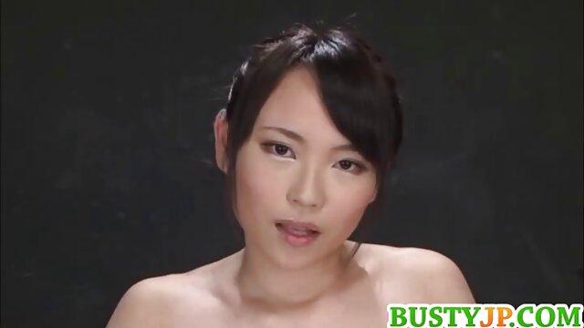 Asiático babe porn hub latino consigue su culo usado por 2 chicos