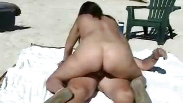 La obsesión de una chica sexo latino